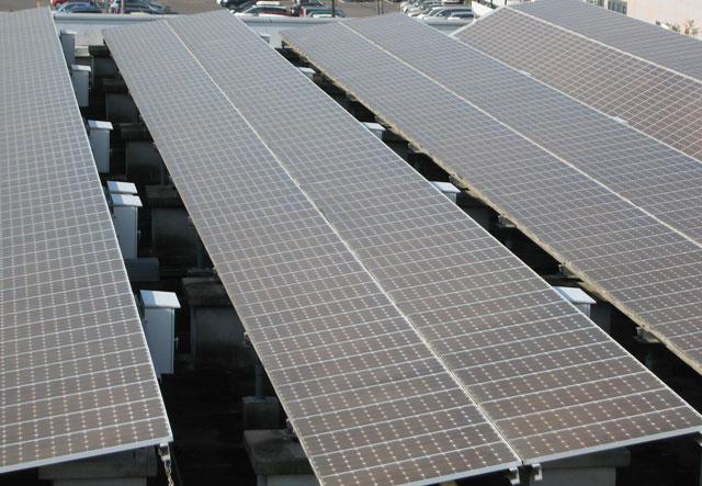 太陽光発電架台