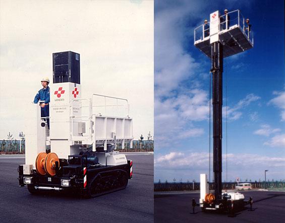 垂直昇降型高所作業車