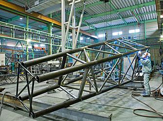 クレーン用ラフィングジブ/高張力鋼の溶接