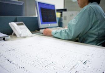 CADによる設計スタッフ